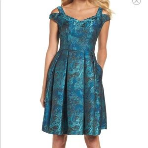 Size 12 Maggy London dress with pockets